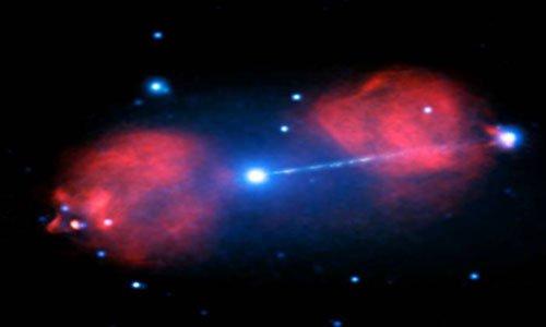 Галактика Pictor A в радио и рентгеновском диапазоне. Фото NASA/CXC/Univ of Hertfordshire/M.Hardcastle et al./CSIRO/ATNF/ATCA