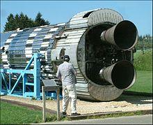 Первая ступень ракеты Европа-2 — баллистическая ракета Blue Streak