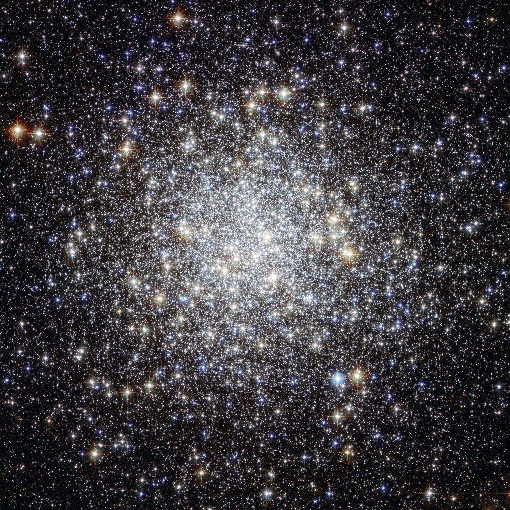 Шаровое скопление M 9 (также известное как Messier 9 или NGC 6333)