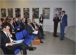 Госкорпорация «РОСКОСМОС» представили новейшие технологические решения в области спутниковой навигации, безопасности, связи и дистанционного зондирования Земли представителям французской аэрокосмической промышленности